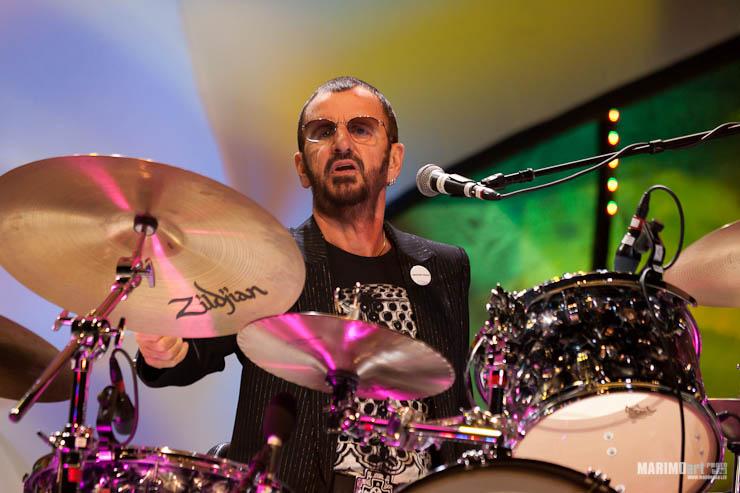 Ringo Starr Concert in Riga 2011-22.jpg