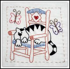 Acho que eu vi um gatinho... 22/05/2011 (Cantinho da Aracy) Tags: bordado nófrancês pontocheio pontoatrás
