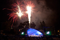 Firework POPS 2011-104 (Tim Harwick) Tags: summer music stars fireworks outdoor orchestra pasadena symphony summerconcert musicunderthestars pasadenapops pasadenaorchestra pops2010