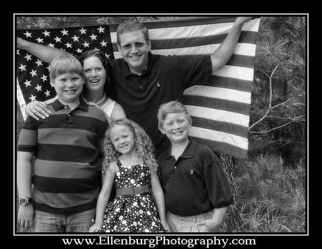 fb 11-07-04 Ellenburg Family-08