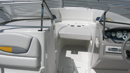 "Bayliner8 • <a style=""font-size:0.8em;"" href=""http://www.flickr.com/photos/49886999@N05/5914282550/"" target=""_blank"">View on Flickr</a>"