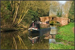 Staffs & Worcs Canal (Rob-33) Tags: bridge reflections canal worcestershire barge narrowboat pentaxkx staffsworcscanal austcliffe austcliffecanalbridge