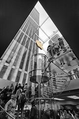 People Funnel (Randall Howlett) Tags: street nyc sky urban ny newyork building apple glass shop architecture modern stairs skyscraper canon buildings underground macintosh eos store mac downtown ipod manhattan candid crowd elevator applestore electronics cube gadgets selective iphone selectivecolor selectivecolour retailer ipad belowground cs5 60d 1022usm anglesanglesangles silverefex
