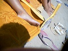 f359687 (DolceaiPiedi) Tags: feet girl foot candid barefoot piedi ragazze amatorial amatoriali