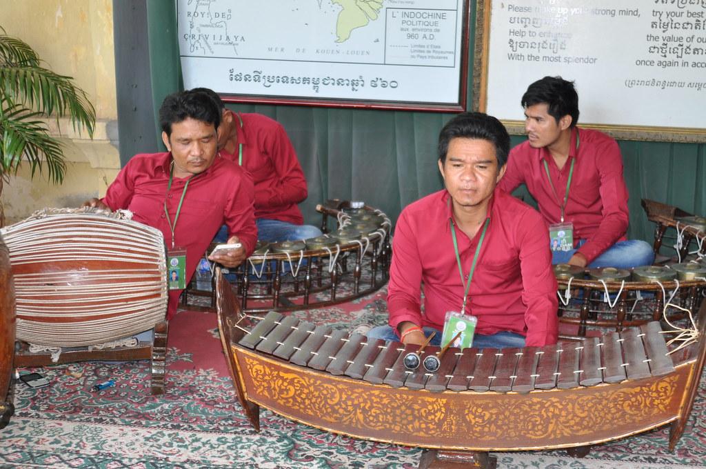 history khmer 10