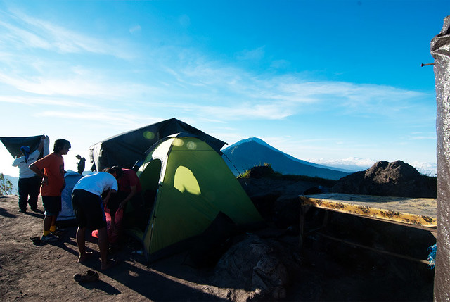 Some of the people build their dome in the top of Mount Batur to get the sunshine