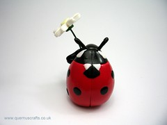 Ladybird with Flower (QuernusCrafts) Tags: cute polymerclay daisy ladybird ladybug quernuscrafts