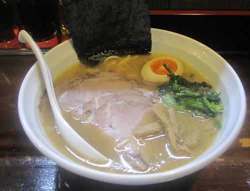 チャーシュー麺@麺ダイニング吉(桜台)
