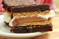 S'more + Cookie = S'morkie! (averagebetty) Tags: recipe cookie sweet marshmallow brownie peanutbutter smore grahamcracker averagebetty