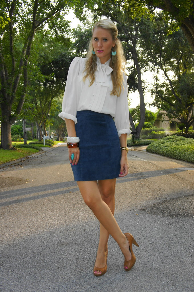 Belle de Couture: Bow-Tie Top   Blue Suede Skirt.