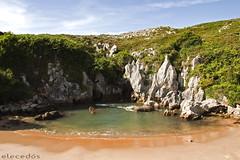 Playa de Gulpiyuri, Llanes, Asturias (elecedos) Tags: sea espaa beach spain north asturias playa llanes gulpiyuri