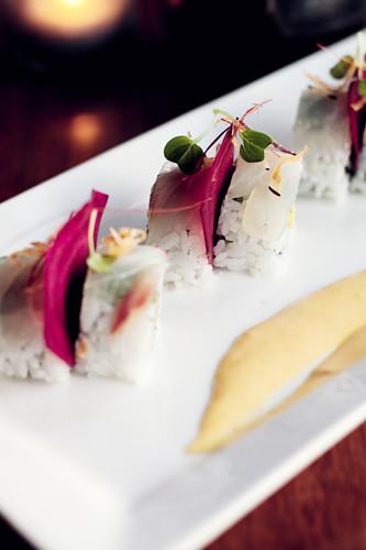 Kyoto Mango Roll