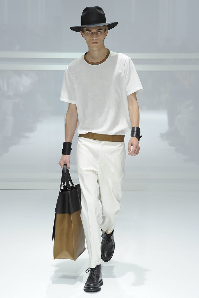 SS12 Paris Dior Homme016_Gabriel Gronvik(VOGUEcom)