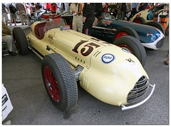 "1946 Kurtis Kraft-Novi ""Governor Special"" Indy Car. ""100 Years Indianapolis 500"" Goodwood Festival of Speed 2011 (Antsphoto) Tags: auto uk classic car sussex britain indianapolis historic cart fos motorracing goodwood carshow motorsport speedway irl racingcar chichester autosport champcar indy500 indycar brickyard usac motorcar sigma1020mm indianapolis500 2011 hstoric goodwoodfestivalofspeed goodwoodhouse canoneos40d antsphoto anthonyfosh goodwoodfestivalofspeed2011 gooodwoodhouse 100yearsindianapolis500 100yearsindy500 1946kurtiskraftnovi governorspecial"