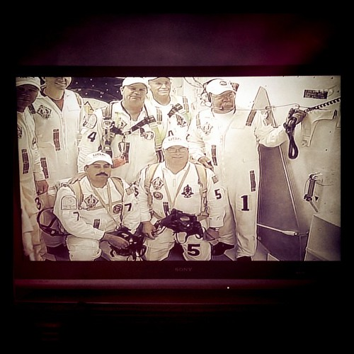 Say cheese! Caught the @NASA White Room crew taking a final pic outside Atlantis for its final launch.