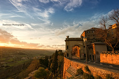 (Rawlways) Tags: sunset italy