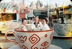 Mad Tea Party, September 1960 (Tom Simpson) Tags: 1960 1960s disney vintage vintagedisney disneyland vintagedisneyland fantasyland madteaparty teacups teacup