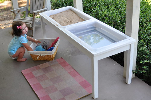 Bumble Amp Bean Diy Farmhouse Sand And Water Table