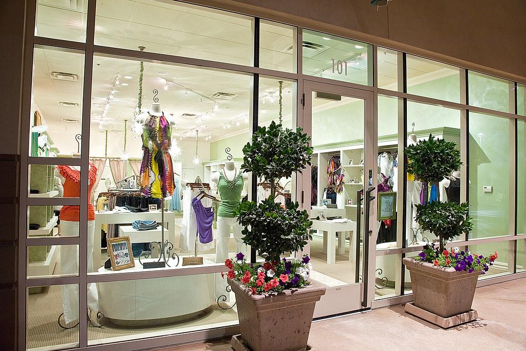 Scottsdale-Arizona-Fashon-Clothing-designer-Vintage
