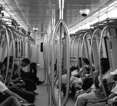 Metro de Caracas (Haydelis) Tags: subway vanishingpoint nikon metro venezuela caracas week14 2012 week14theme 522012 52weeksthe2012edition weekofapril1