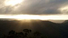 Binna Burra / Sunset (whwh) Tags: sunset mountain nature nationalpark nikon australia queensland cave binnaburra d7000 nikonafsdxnikkor18105mmf3556gedvr