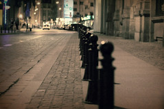 HFF (again) :-)))) (Eggii) Tags: street vintage fence project 50mm bokeh f18 oldstreet wroclaw streetatnight nikkor50mm18 nikond90 eggii wroclawprojektvintage