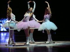 P1000219 - Tessa Virtue, Kaitlyn Weaver, Joannie Rochette, Kaetlyn Osmond (Donna Rutherford) Tags: figureskating starsonice aircanadacentre joannierochette tessavirtue kaitlynweaver kaetlynosmond