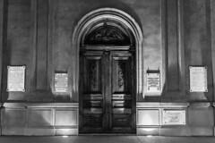Knocking on the temple doors (Mario Donati) Tags: 7dwf nikon d3100 nikkor35mm18 balcarce