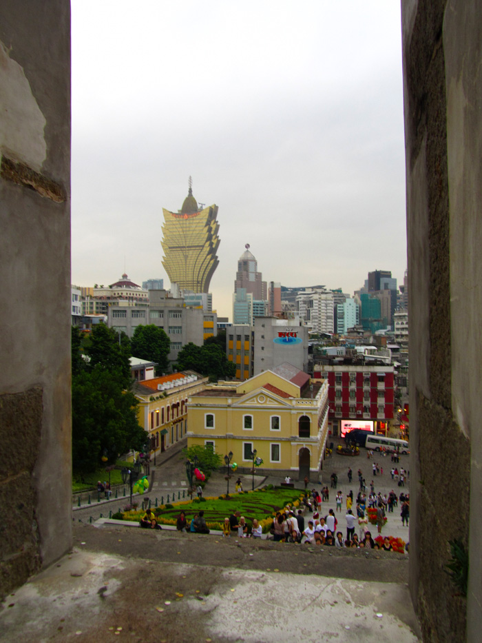 5842014220 f3e0b6cc7e o Photo Favorite: Macau, through its Window