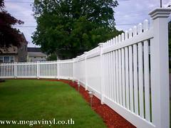รั้วไวนิล แบบรั้วบ้านสวยๆ ราคาทำรั้ว
