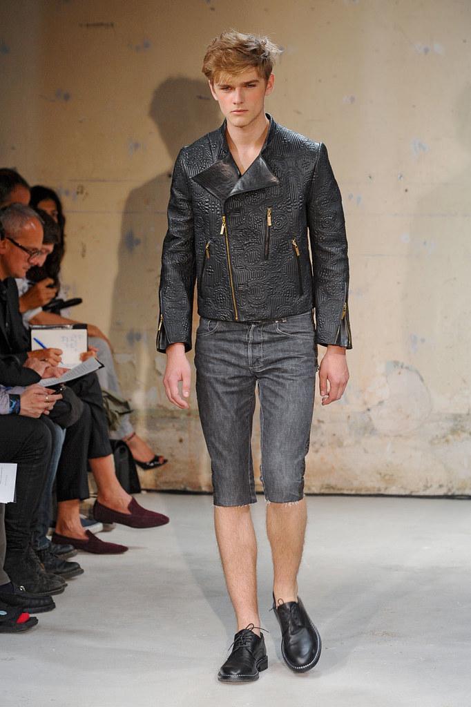 SS12 Paris Christian Lacroix010_Taras Koltun(Homme Model)
