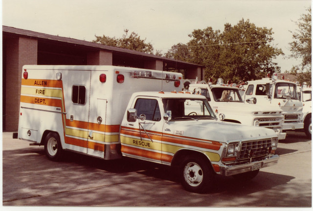 ford truck texas allen ambulance modular 1978 emergency firefighter bls ems firedepartment f350 procar drmo robertknowles