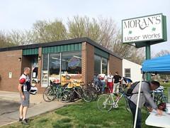 Tour de Brew LNK (RLEVANS) Tags: lincolnnebraska cycleworks lagunitasbrewingcompany tourdebrewlnk moransliquorworks