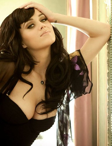 august 2010 esquire photoshoot katy. katy-perry-esquire-3-500x652