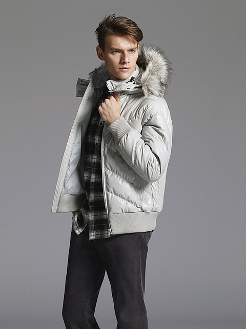 Douglas Neitzke0333_UNIQLO DOWN CAMPAIGN WINTER 2010(Official)
