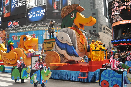 83rd  ANNUAL MACY's THANKSGIVING DAY PARADE 20...