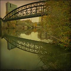 Puente Colgante (m@tr) Tags: espaa canon sigma valladolid pisuerga puentecolgante castillaylen riopisuerga canoneos400ddigital mtr sigma1020mmexdc marcovianna imagenesdeespaa imagenesdevalladolid