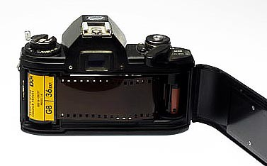 Old 35mm camera - PinayReviewer.com