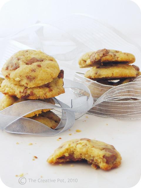 Hazelnut & Choc-Chunk Cookies