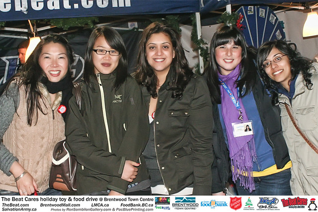 The BEAT CARES holiday food and toy drive at Brentwood Town Centre photos by Ron Sombilon Gallery (676) by Ron Sombilon Gallery