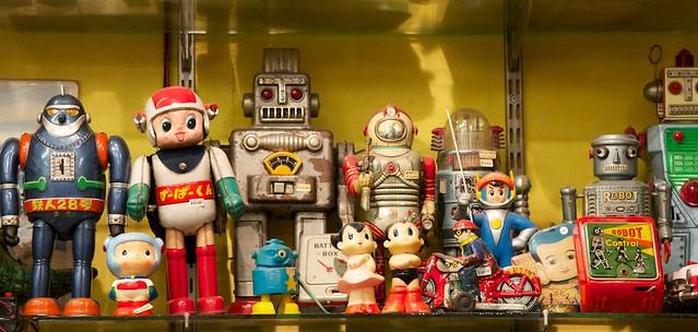 Omuraisu, Toys and Record Shop in Tokyo Shimokitaza