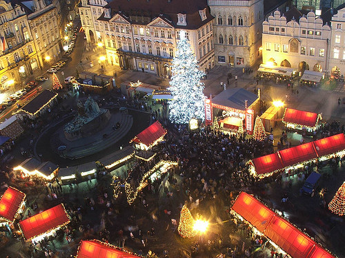Christmas market, Prague (by: Hynek Moravec, creative commons license)