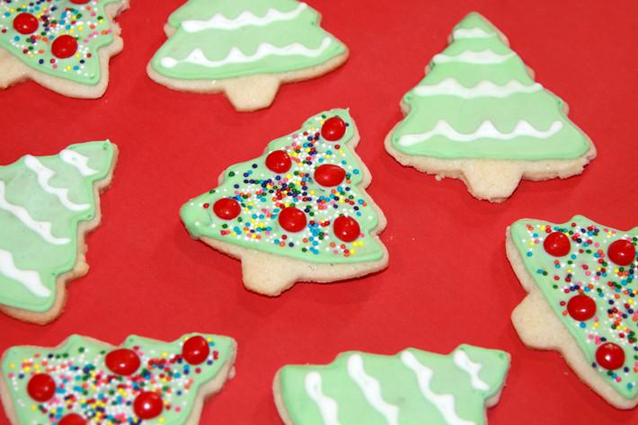 122410_sugarcookies2