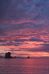 Feliz Ao (Chin Chinau) Tags: atardecer rojo rosa asturias playa feliz ao nuevo silencio cantabrico gavieru