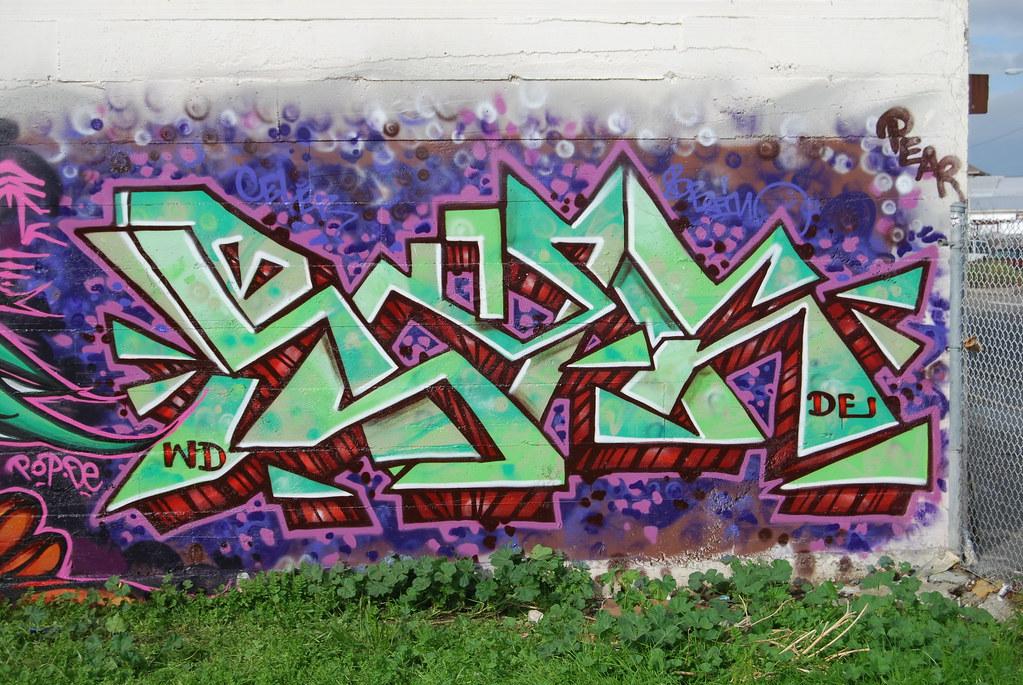 WD Graffiti.