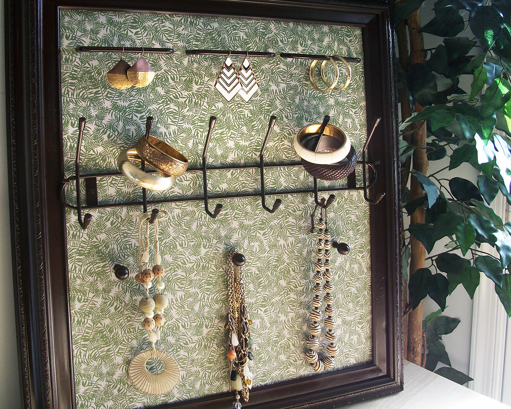Autumn Leaves Jewelry Organizer