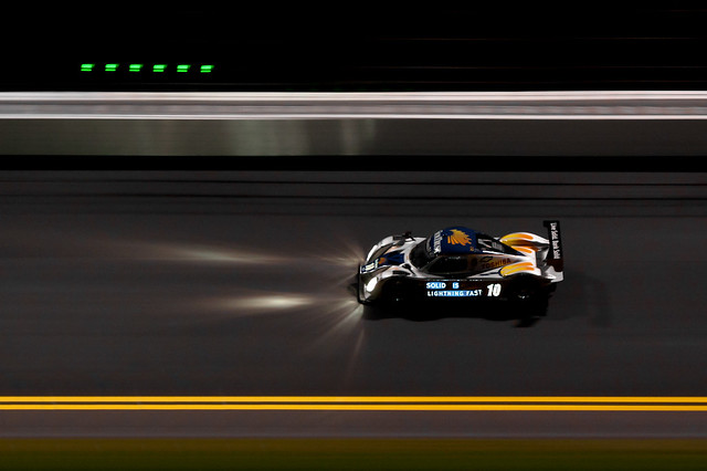 Daytona 2011 - Roar Before the 24 - SunTrust Racing Chevrolet Dallara
