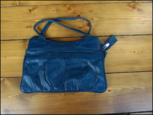 Navy vintage bag for yard sale
