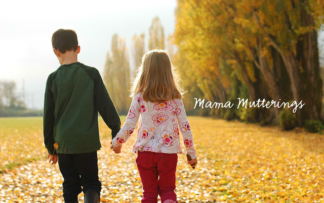 blog header design for mama mutterings