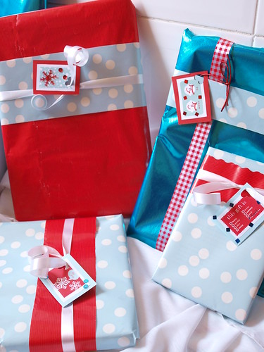 Wrapping ideas in blue and red 1
